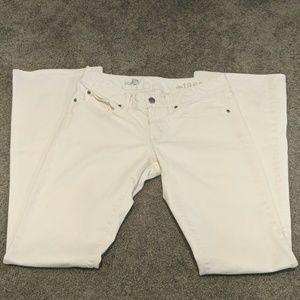 White curvy bootcut Gap jeans